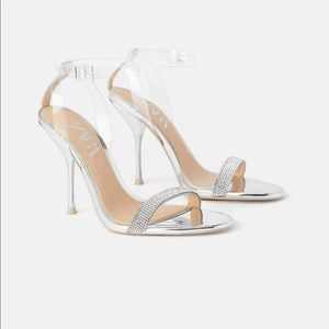 🆕 ZARA Rhinestone Sandals